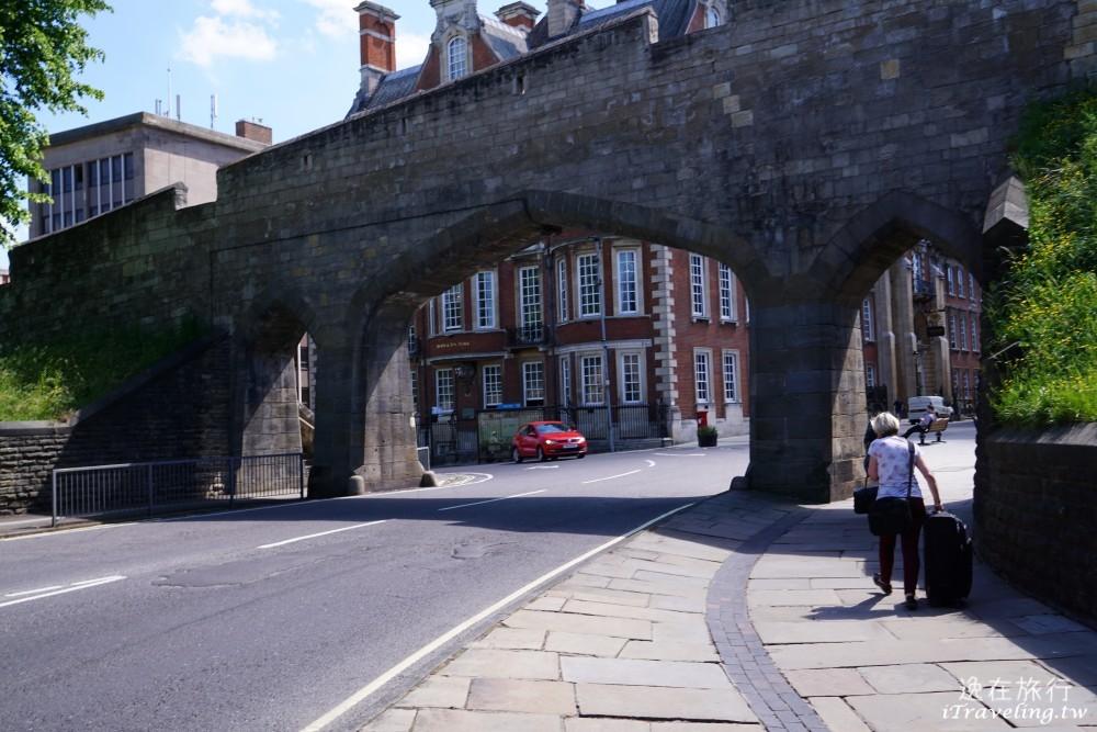 約克, York, 古城牆